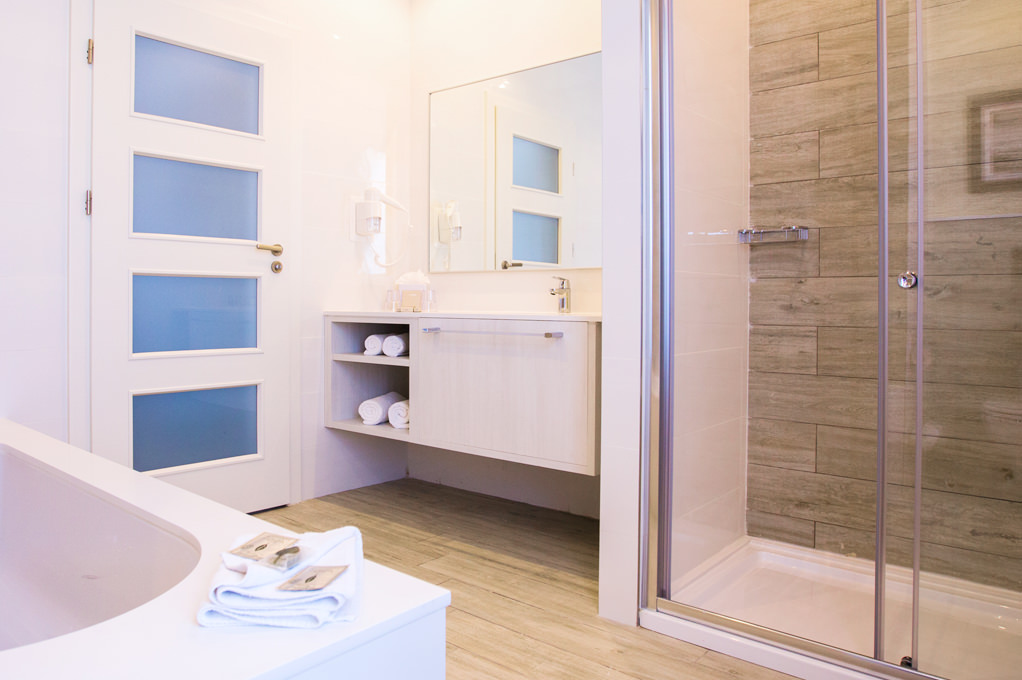 Penthouse Suite bathroom -  Salini Resort